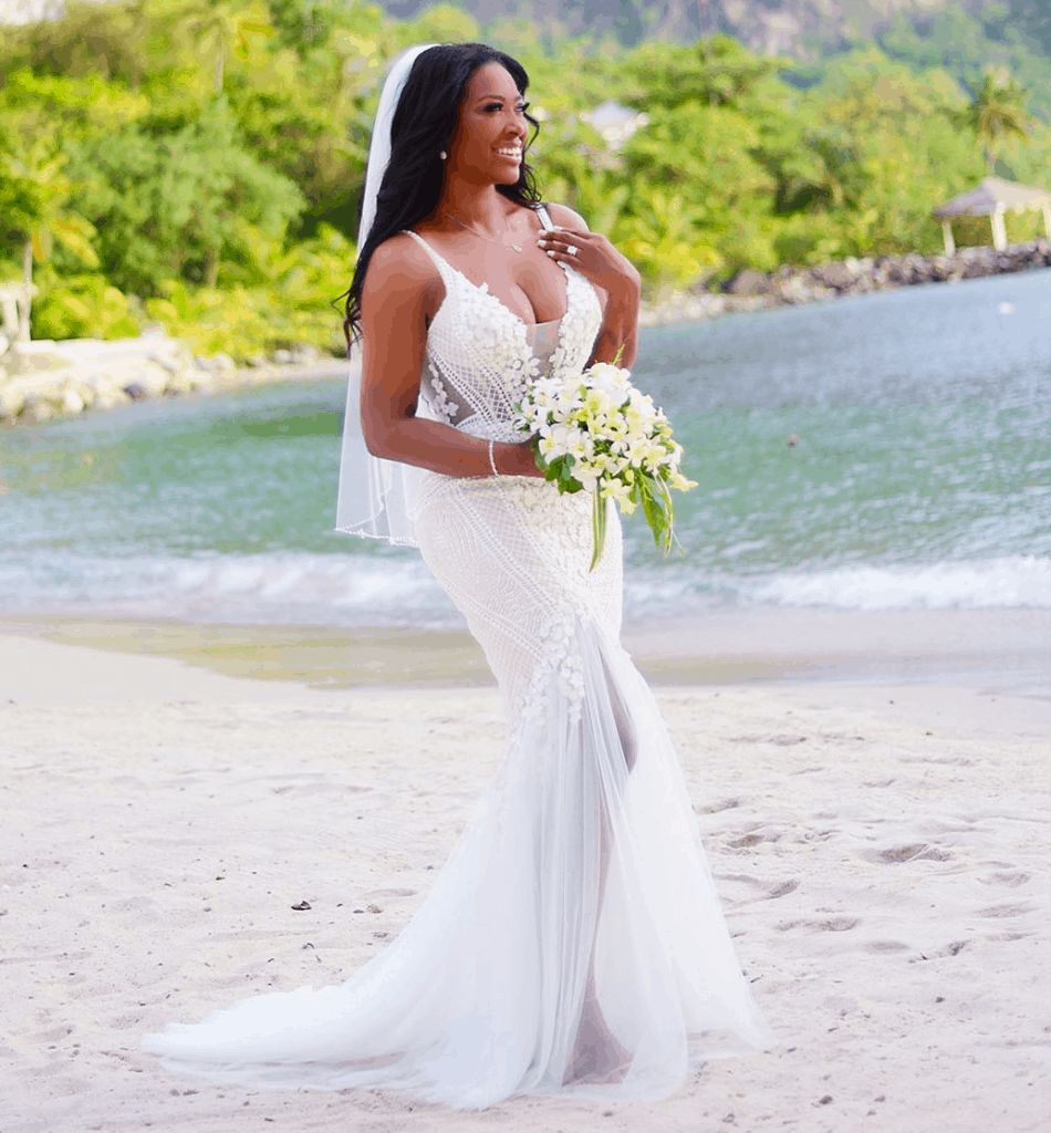 Kenya Moore Wedding.Photos See Kenya Moore Wedding Pictures To Husband Marc Daly