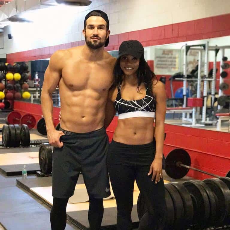 Bachelorette couple Rachel Lindsay and Bryan Abasolo in the gym