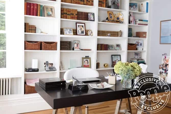 luann home office