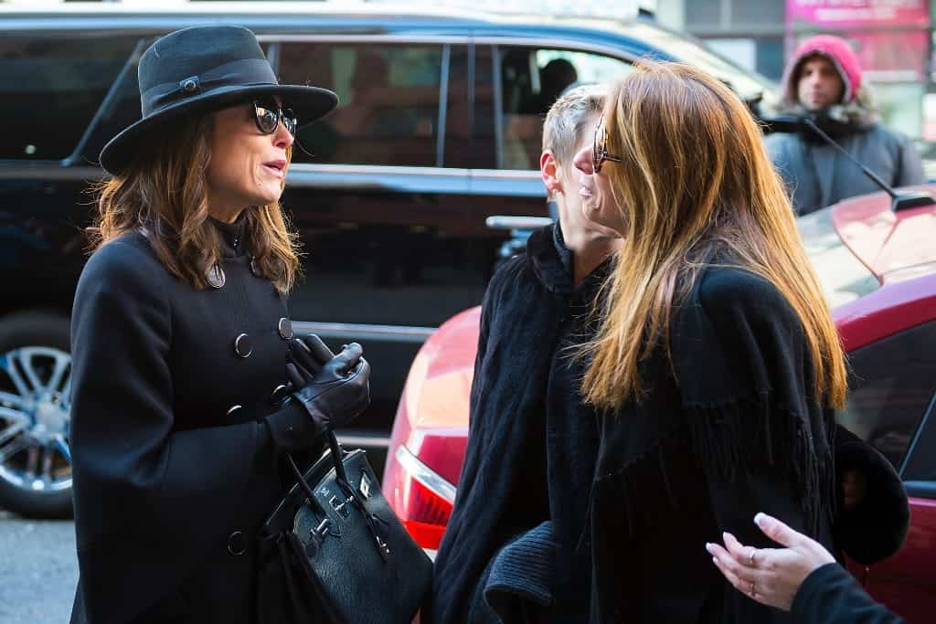 bethenny frankel and jill zarin at bobby zarin funeral