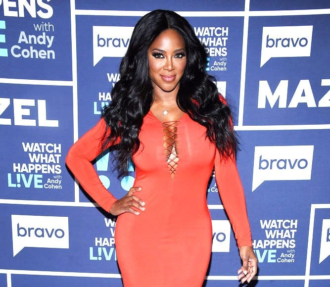 WATCH WHAT HAPPENS LIVE WITH ANDY COHEN -- Episode 14052 -- Pictured: Kenya Moore