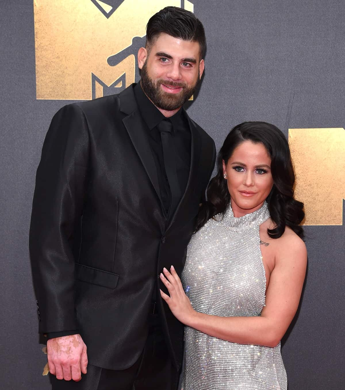 Teen Mom 2 Jenelle Evans Accuses Husband David Eason of Cracking Collabone in 911 Call