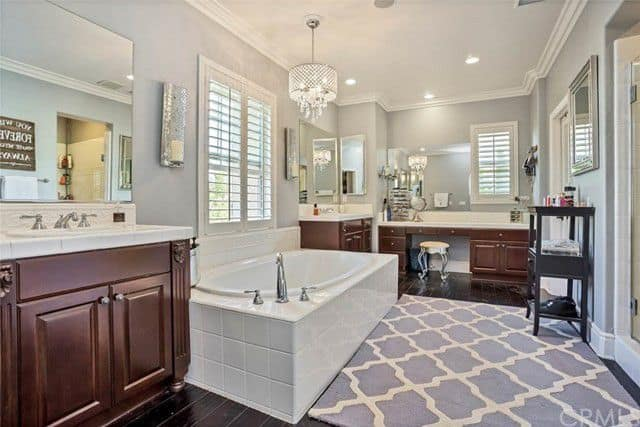 tamra judge home for rent bathroom