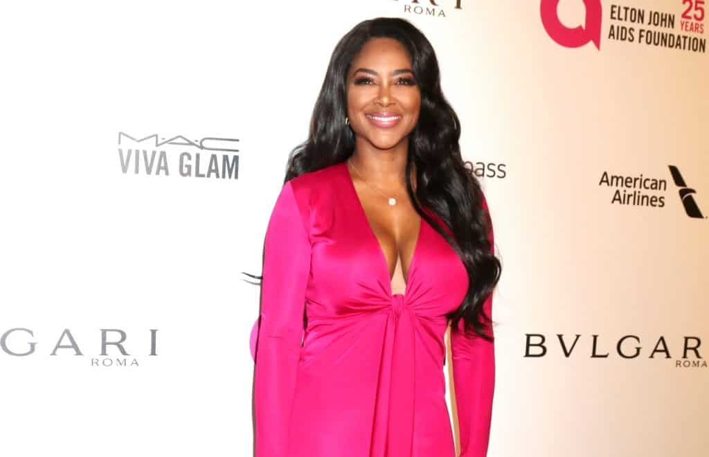 PHOTO: RHOA's Kenya Moore Shows off Bikini Body 3 Months After Birth