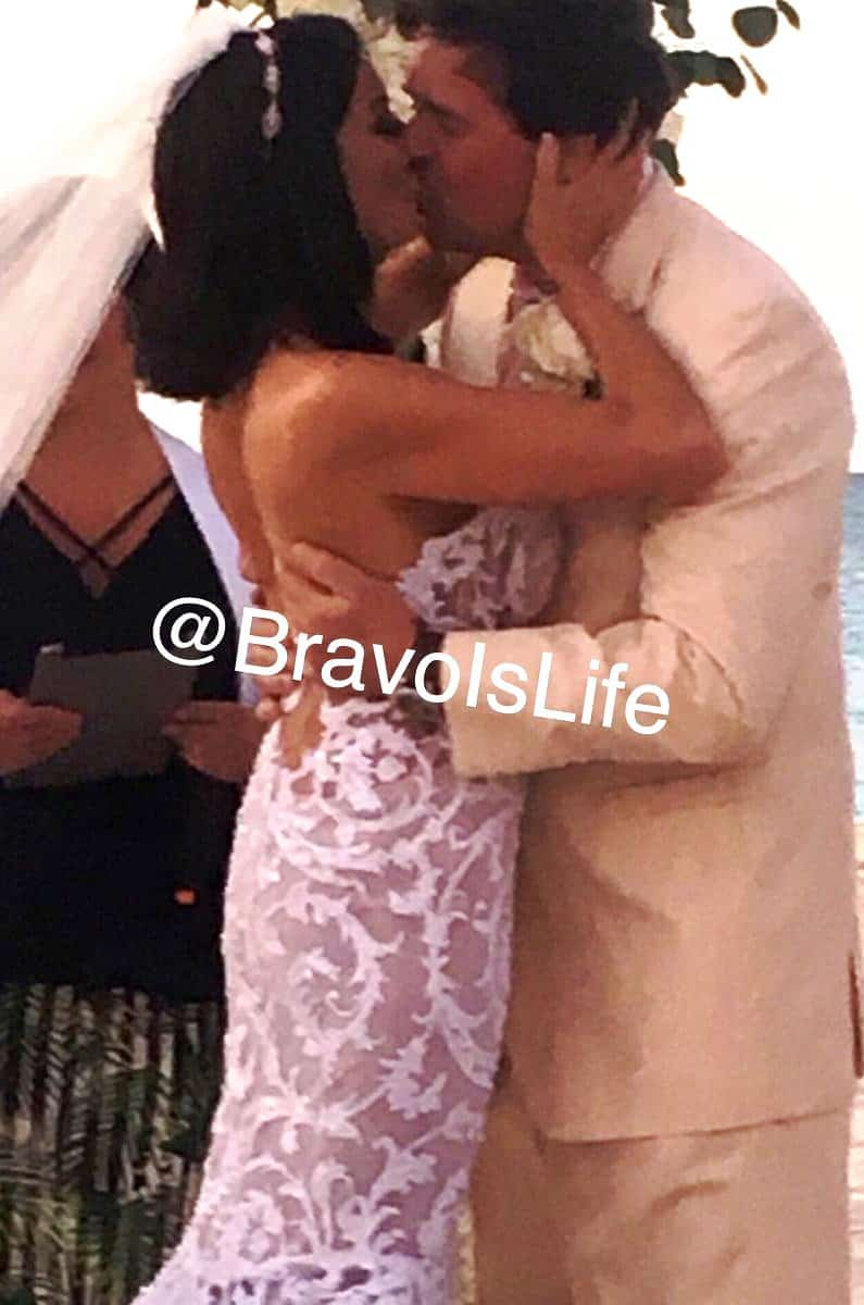 danielle staub marty wedding kiss