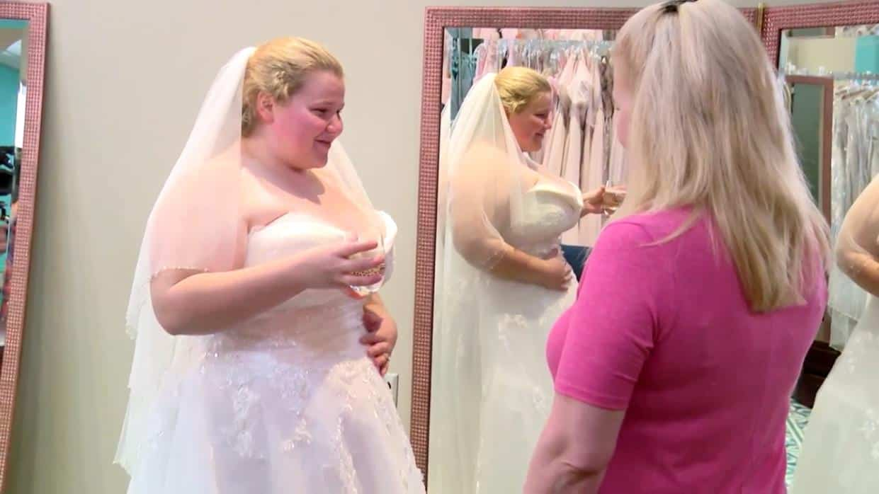 90 Day Fiance Happily Ever After Recap Boiling Point Nicole Wedding Dress