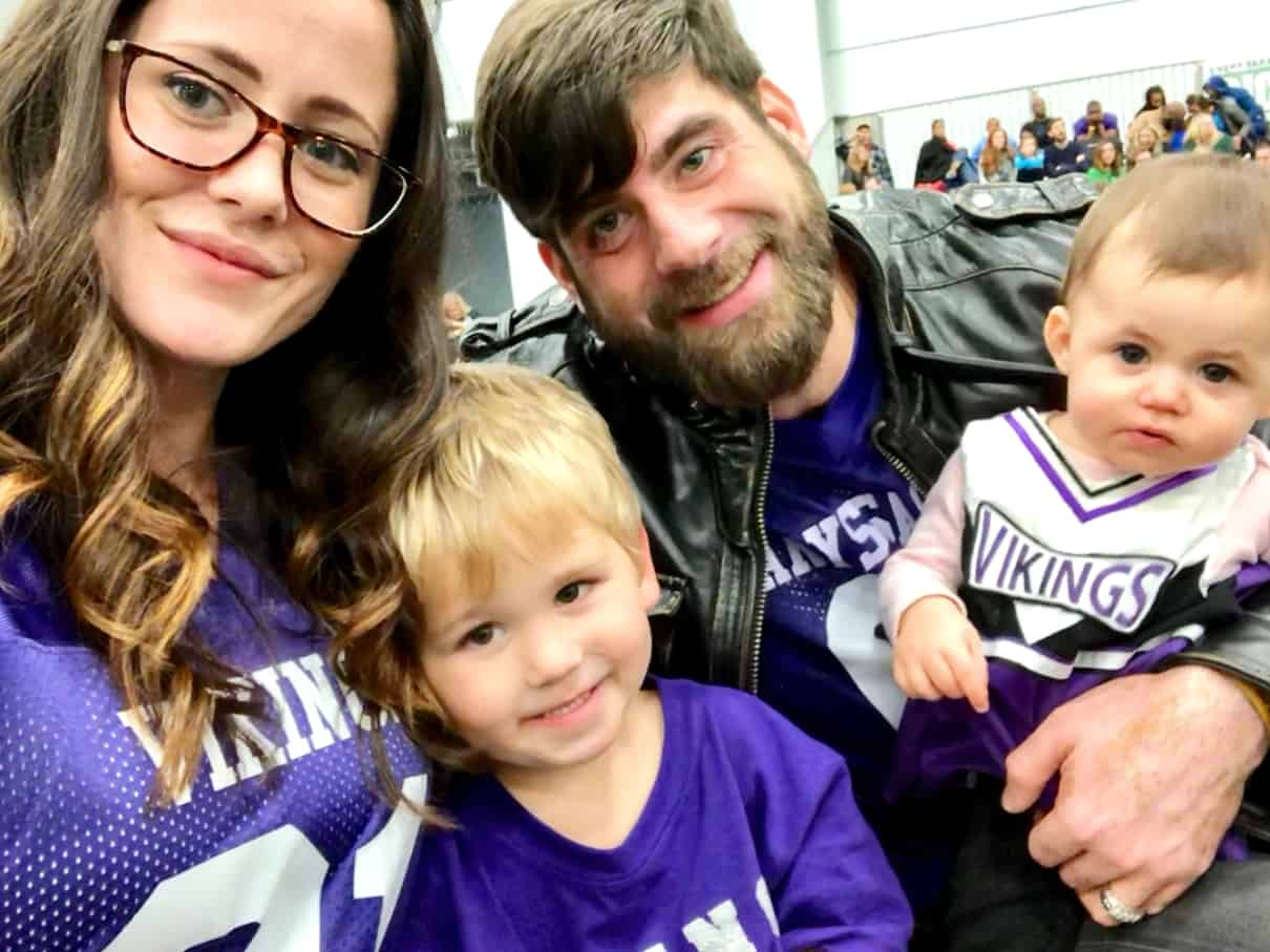Teen Mom 2's Jenelle Evans and Her Kids Leave Home After Husband David Eason Kills Their Dog