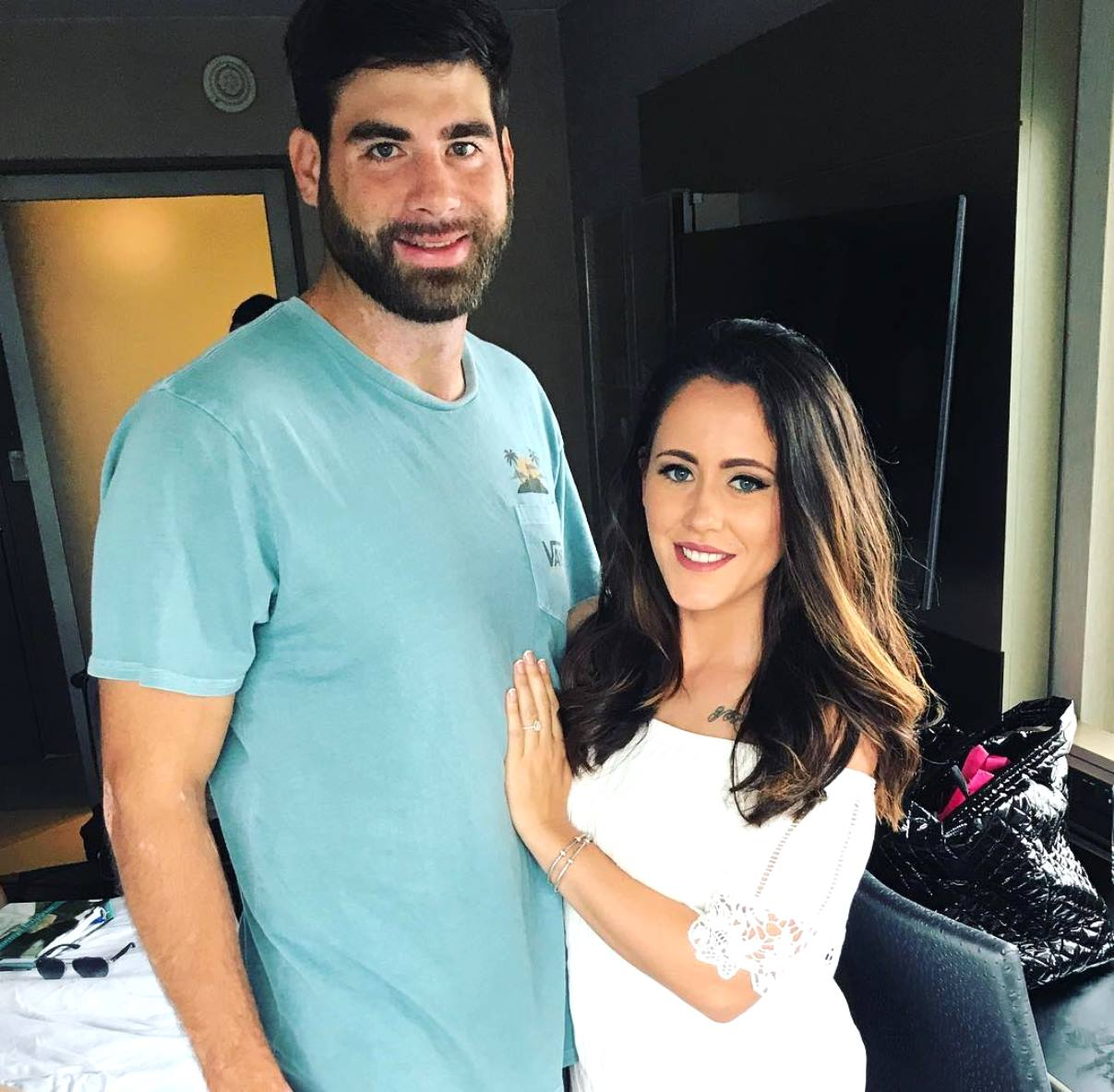 Teen Mom 2's Jenelle Evans Breaks Law by Burning Kailyn Lowry's Gift, David Eason Faces Charges