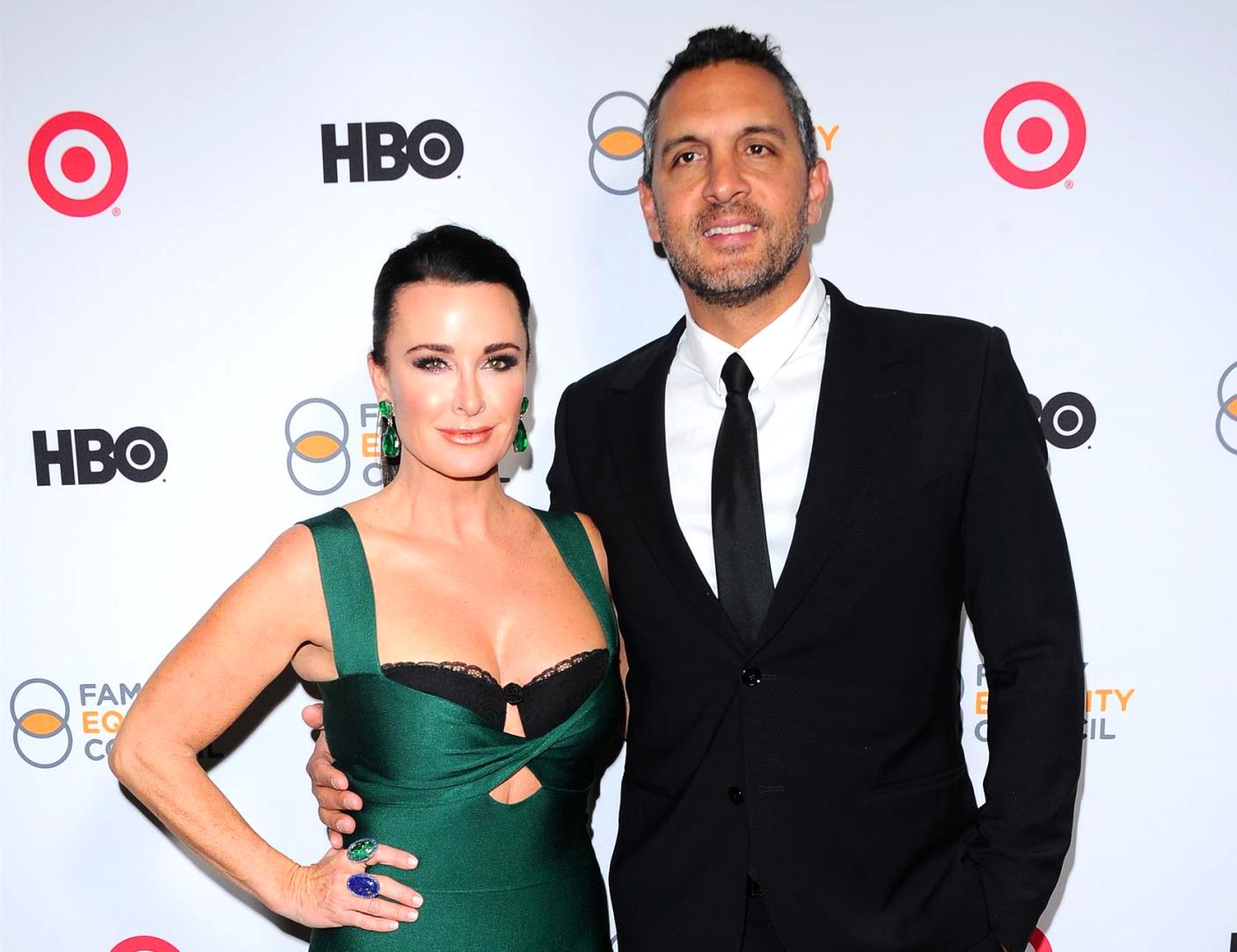 RHOBH Mauricio Umansky responds to real estate lawsuit