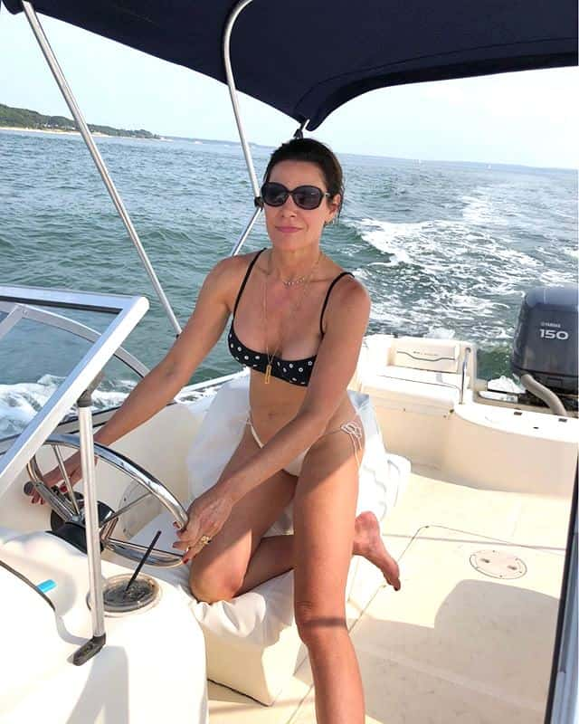 Luann de Lesseps string bikini photo