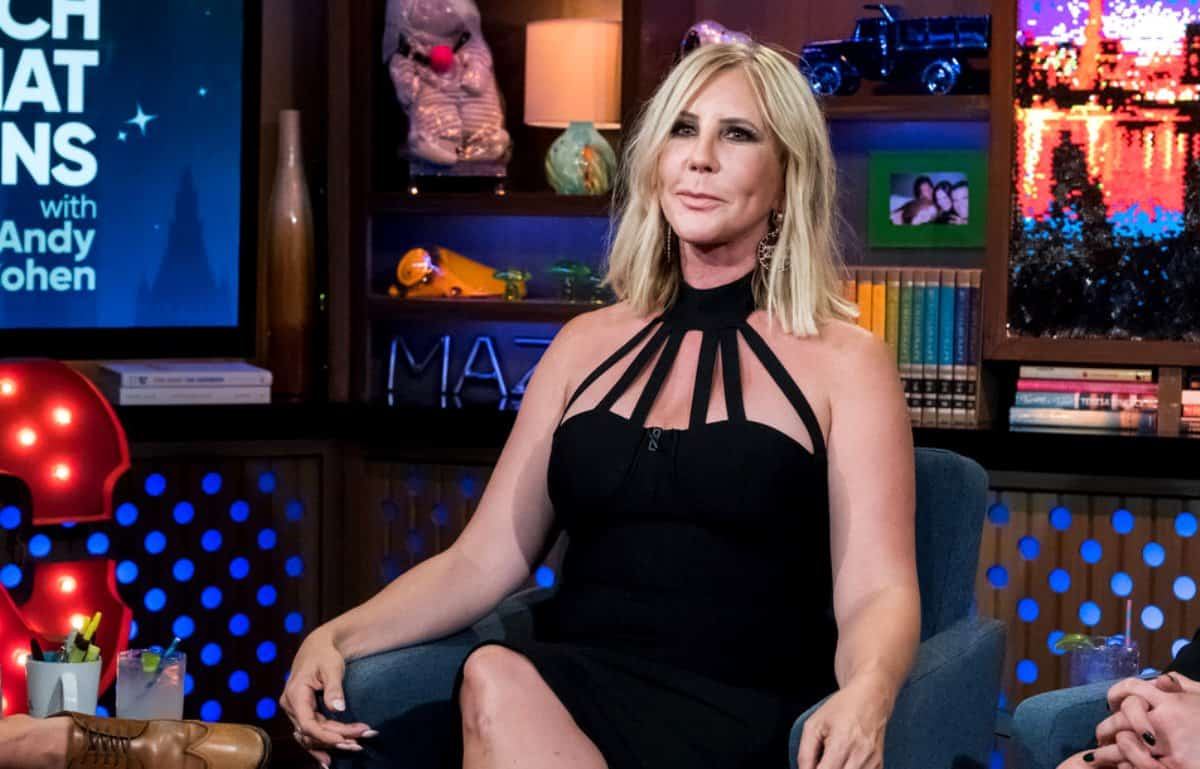 Vicki Gunvalson Excluded From RHOC Cast Photo Shoot For Season 14, Is It Confirmation She's Been Demoted?