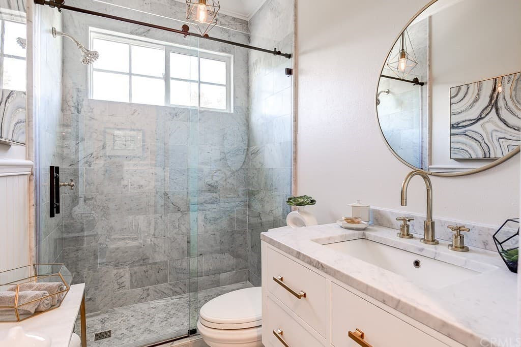 Tamra Judge New Home Pictures Guest Bathroom