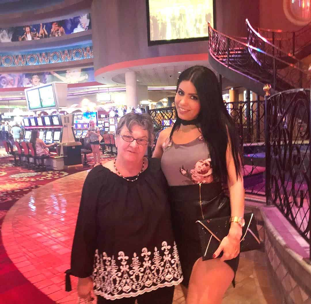 90 Day Fiance Larissa with mother in law Debra