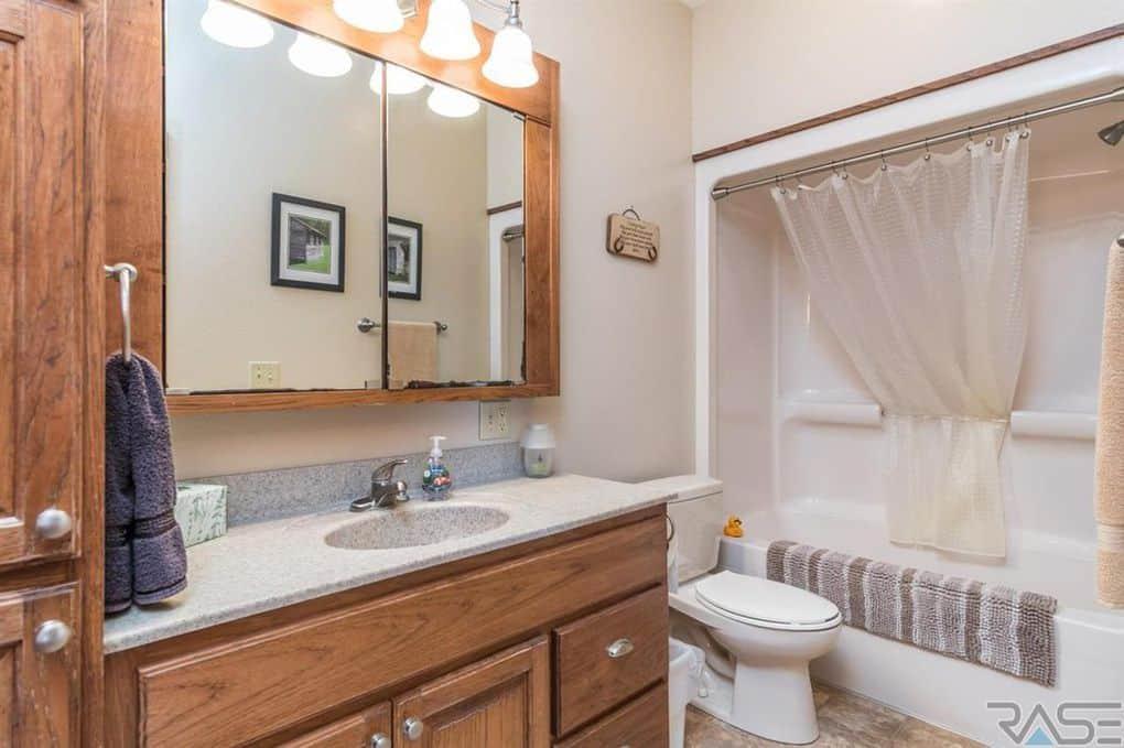 Teen Mom 2 Chelsea Houska Bathroom