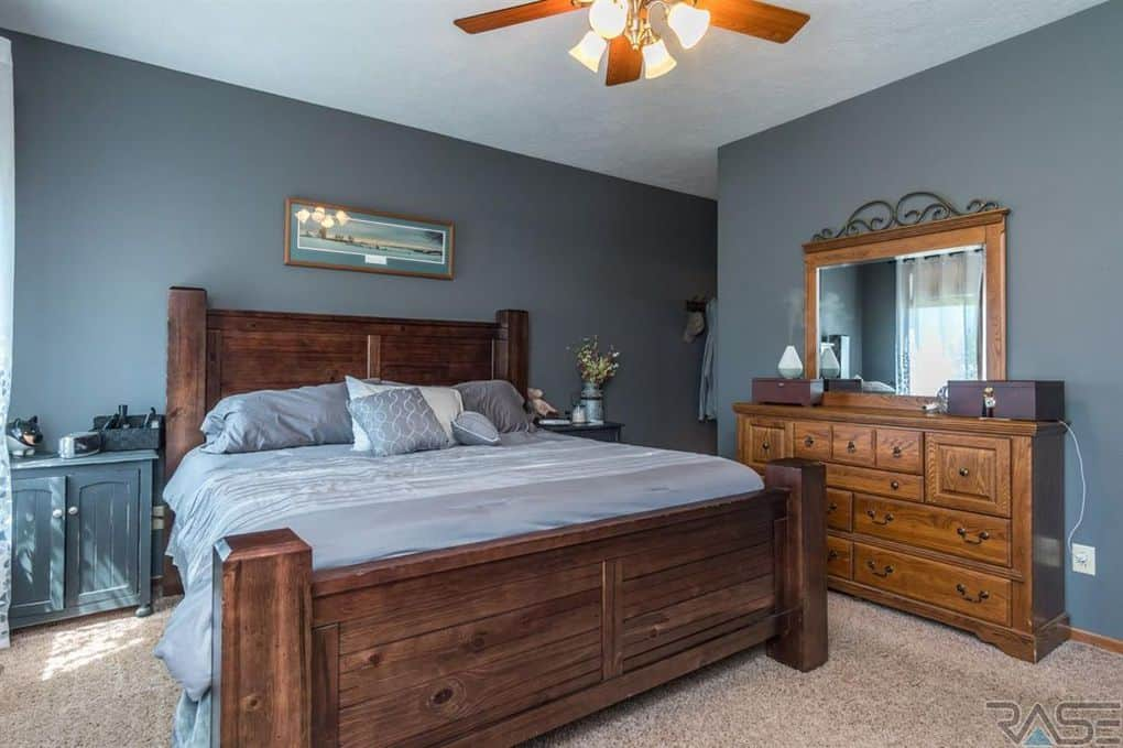 Photos Teen Mom 2 S Chelsea Houska Buys 418 000 New Home See Pics