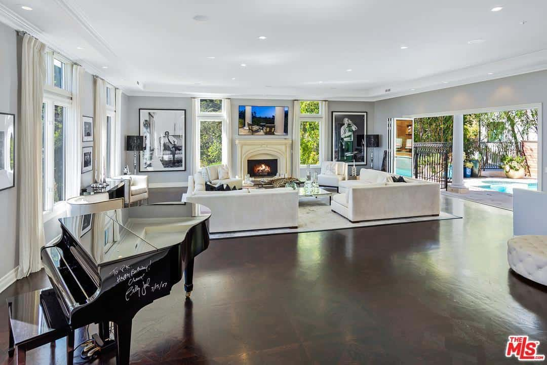 Dorit Kemsley Living Room