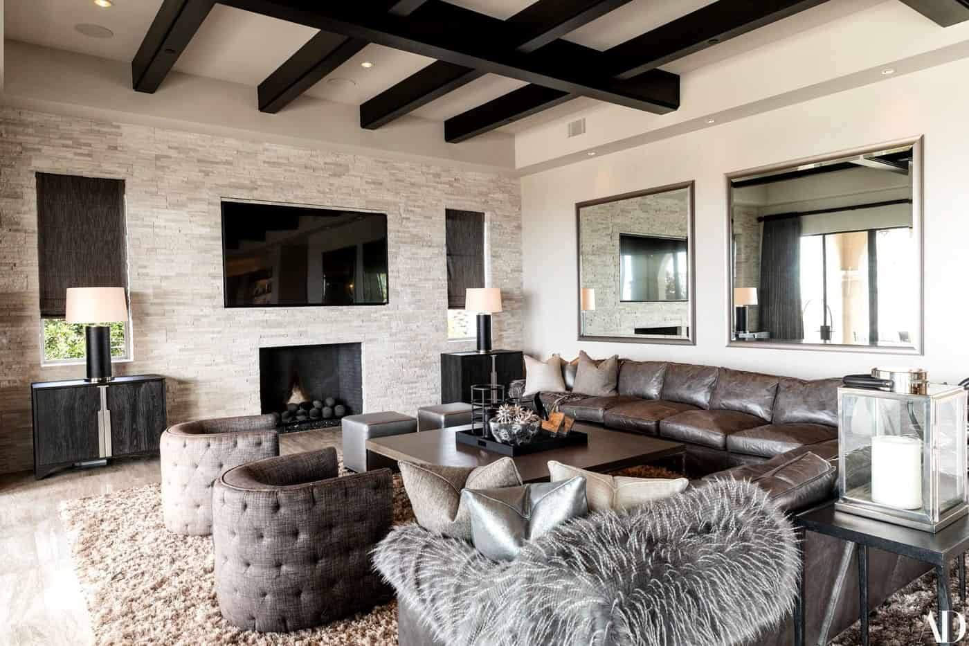 Heather Dubrow home living room