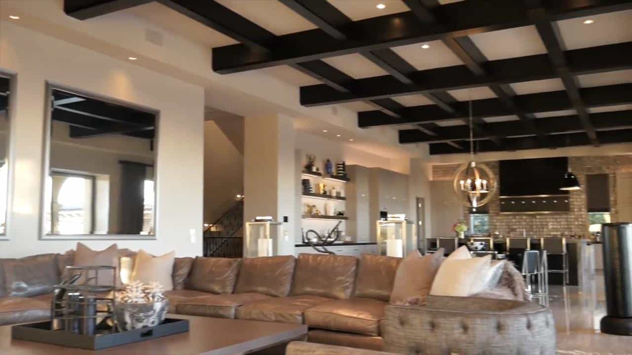 Photos Rhoc S Heather Dubrow Shows Off Incredible Mansion
