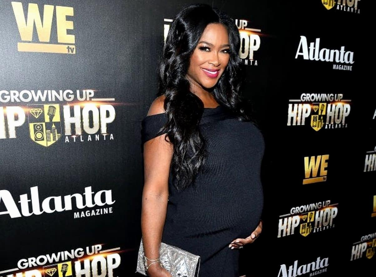 Kenya Moore Gives Birth to Baby Girl