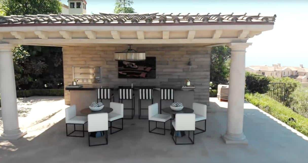 Heather Dubrow Barbecue Pavilion