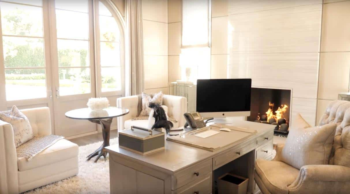 Heather Dubrow Office