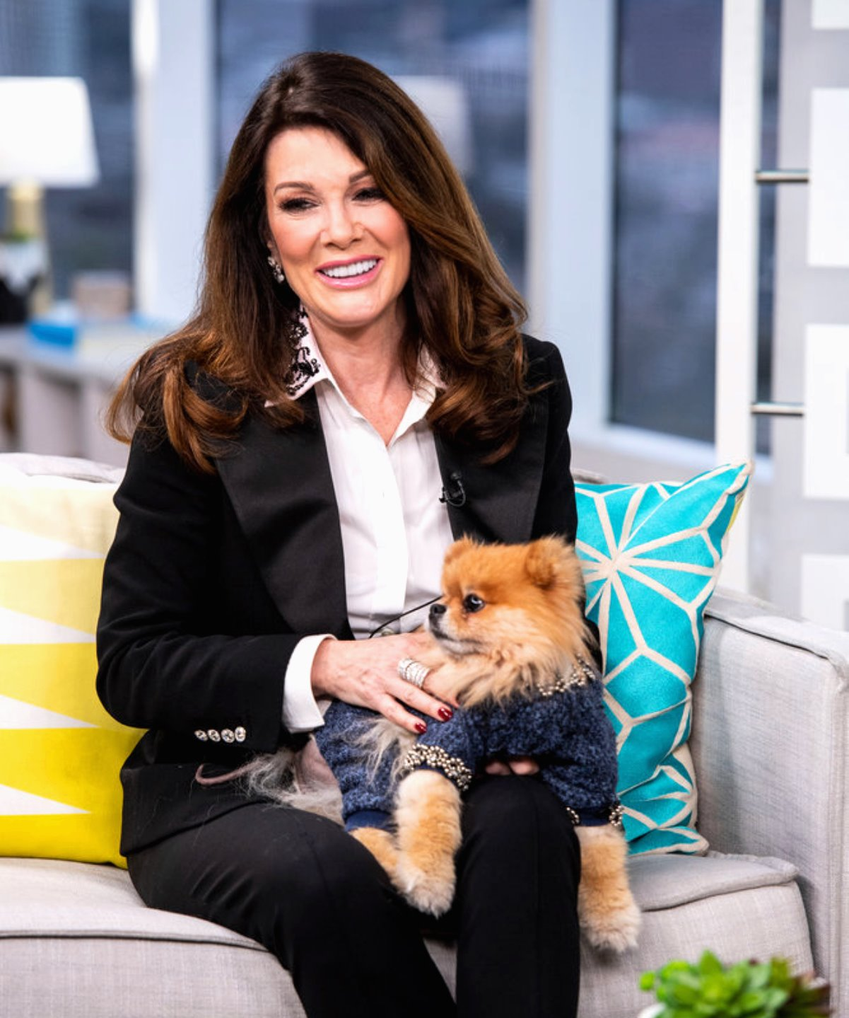 "Lisa Vanderpump Is ""Fed Up"" with RHOBH Cast Targeting Her & Refusing to Discuss Their Own Issues, Reveals Who She Still Talks To"