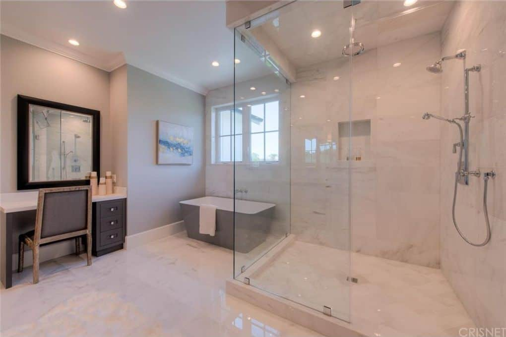 Tom Sandoval and Ariana Madix Home Photos Master Bathroom
