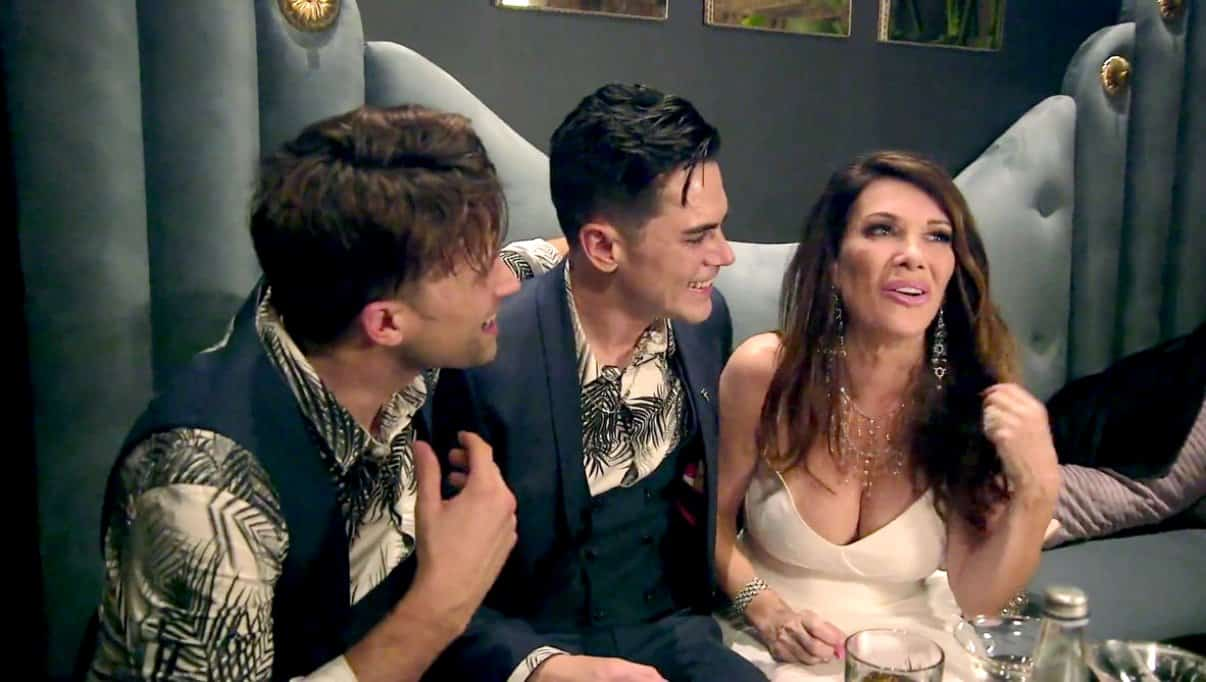 Vanderpump Rules Recap Lisa Gets Drunk at Opening of TomTom