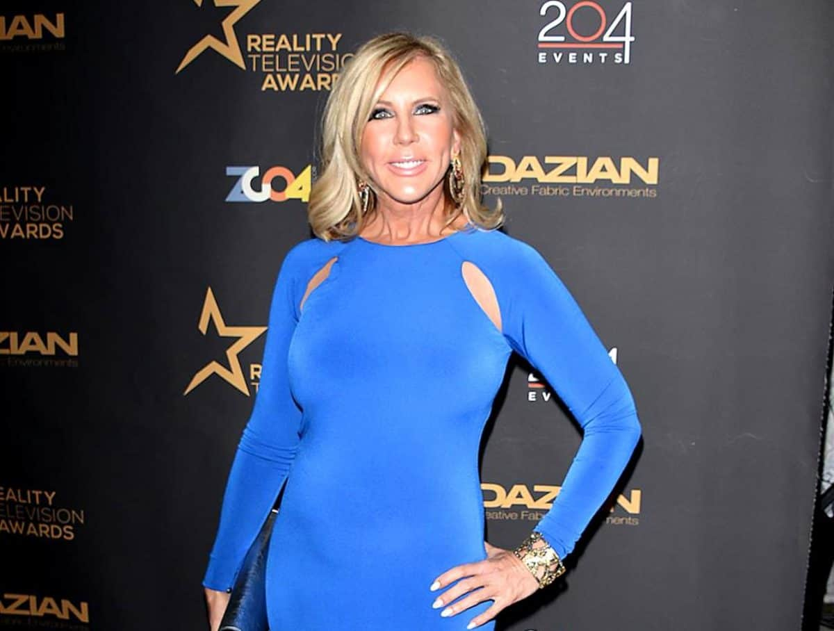 "PHOTOS: RHOC's Vicki Gunvalson Shows Off Her New Mexican Vacation Home, Acknowledges That ""Some of You May Think It's Wrong"""
