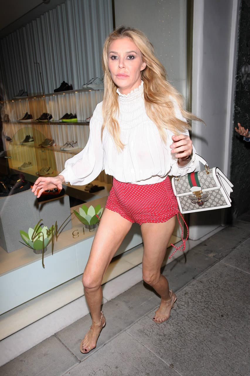 Drunken Brandi Glanville Stumbles Out of Mr. Chow Restaurant