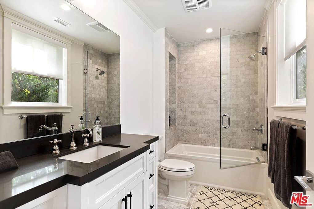 Katie Maloney and Tom Schwartz Home Guest Bathroom