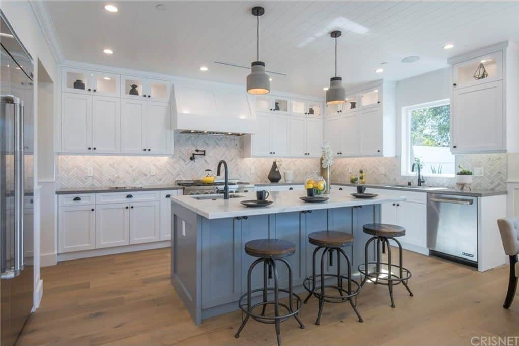 Vanderpump Rules Jax Taylor and Brittany Cartwright New Home Beautiful Kitchen