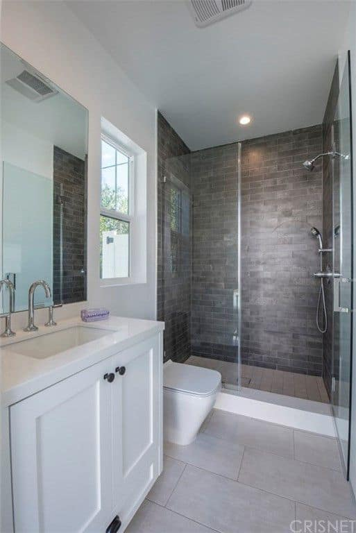 Vanderpump Rules Jax Taylor and Brittany Cartwright New Home Guest Bathroom 2