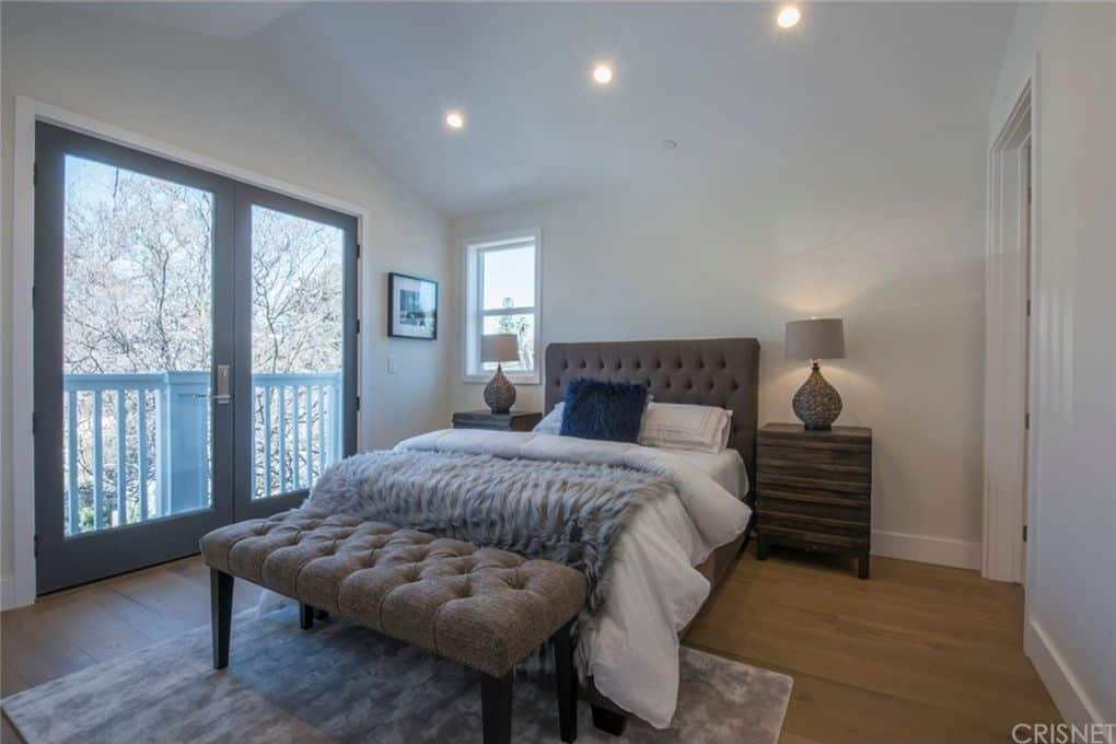 Vanderpump Rules Jax Taylor and Brittany Cartwright New Home Guest Bedroom