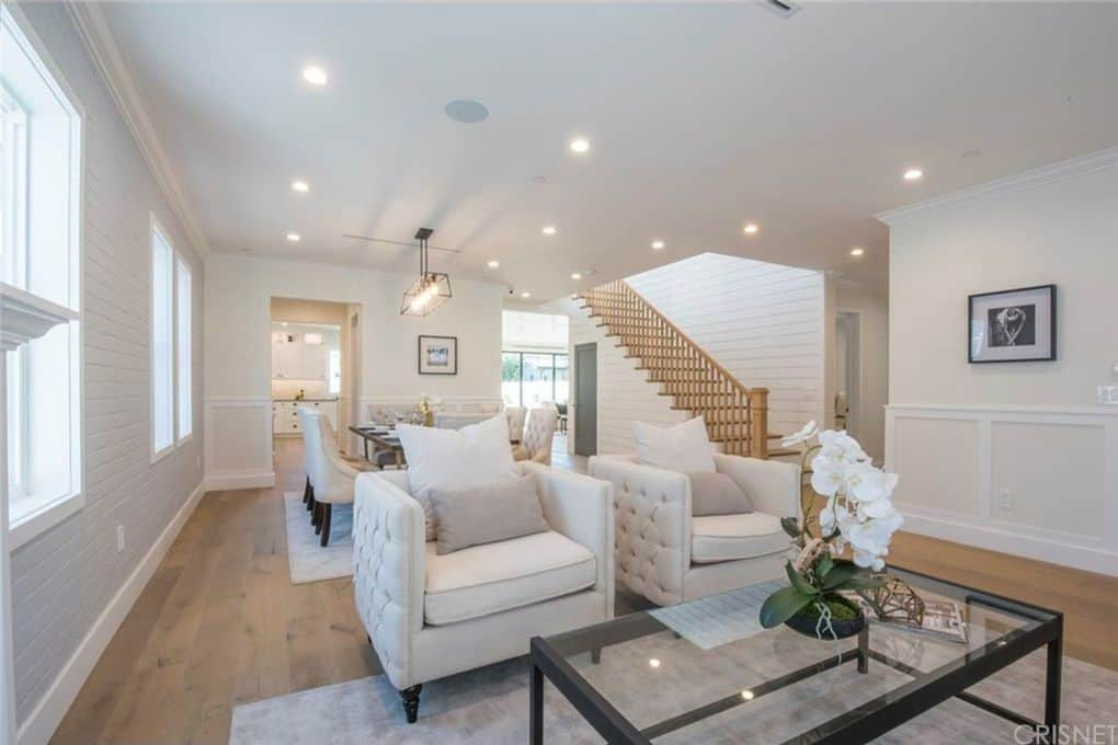 Vanderpump Rules Jax Taylor and Brittany Cartwright New Home Living Room