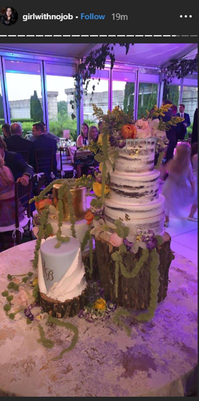 Jax and Brittany wedding cake