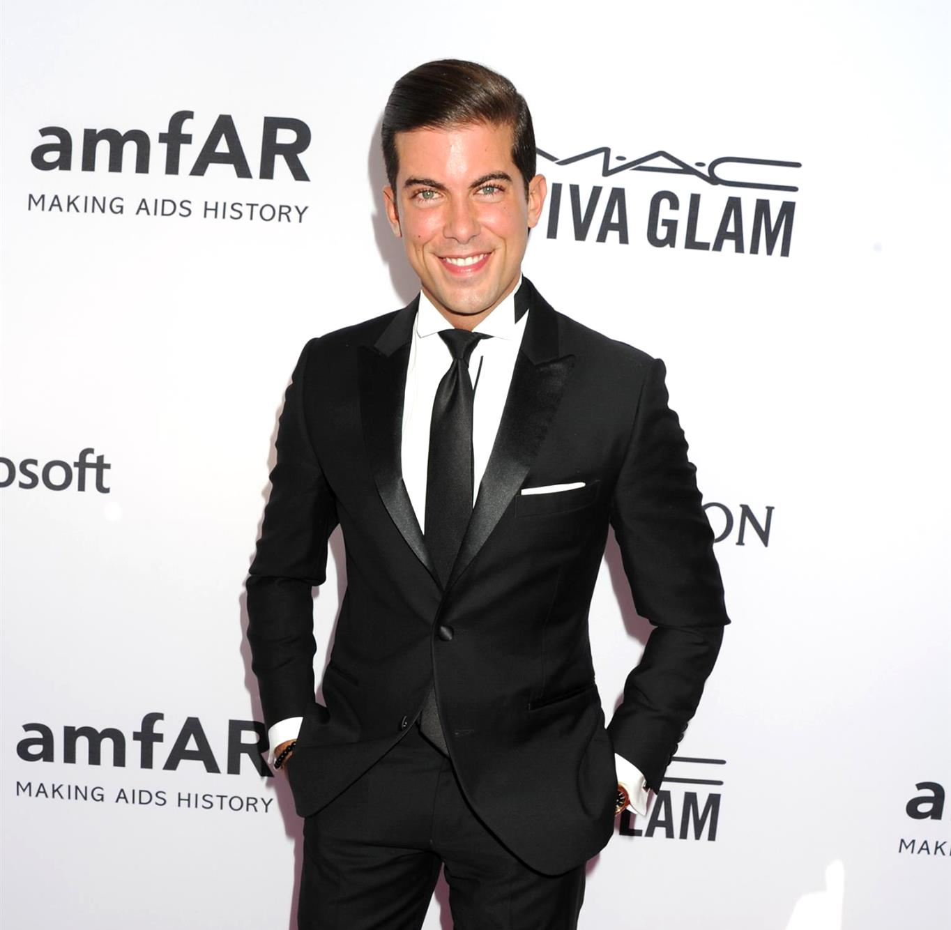 Million Dollar Listing New York Star Luis D. Ortiz Announces He is Expecting His First Child