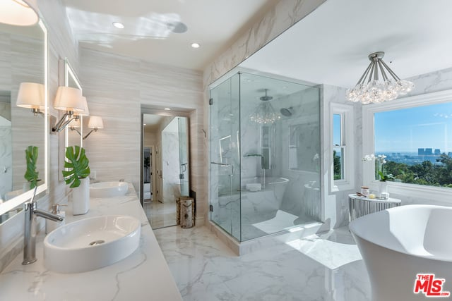 RHOBH Dorit Kemsley Bathroom