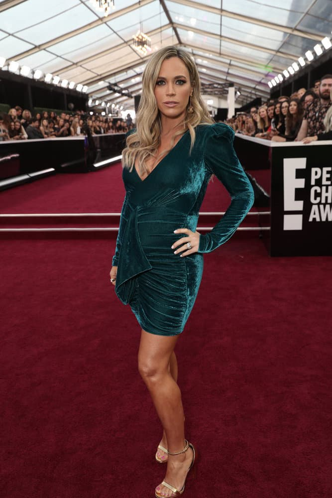 Teddi Mellencamp Attends the E Peoples Choice Awards