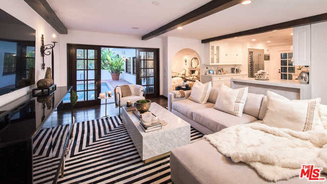 RHOBH Faye Resnick Family Room