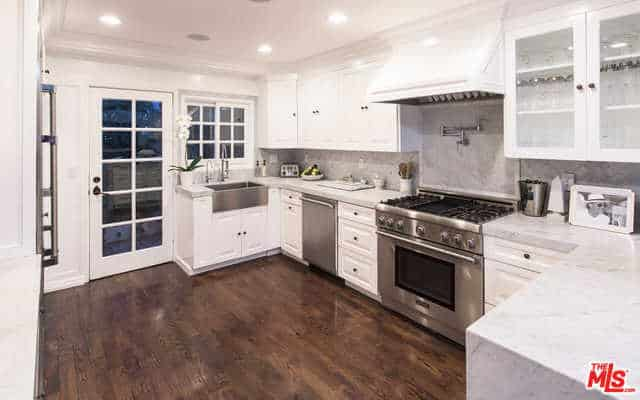 Faye Resnick HOme Kitchen