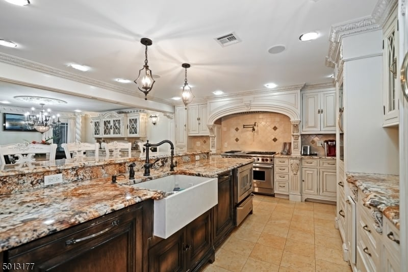 Teresa Giudice home for sale kitchen photo