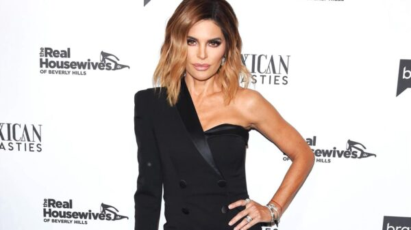 "RHOBH Fans Launch Petition to Have Lisa Rinna Fired by Bravo, Slam Her for ""Ruining the Show"" by Being ""Negative and Mean"" and Claim She Runs Off Well-Liked Cast Members"