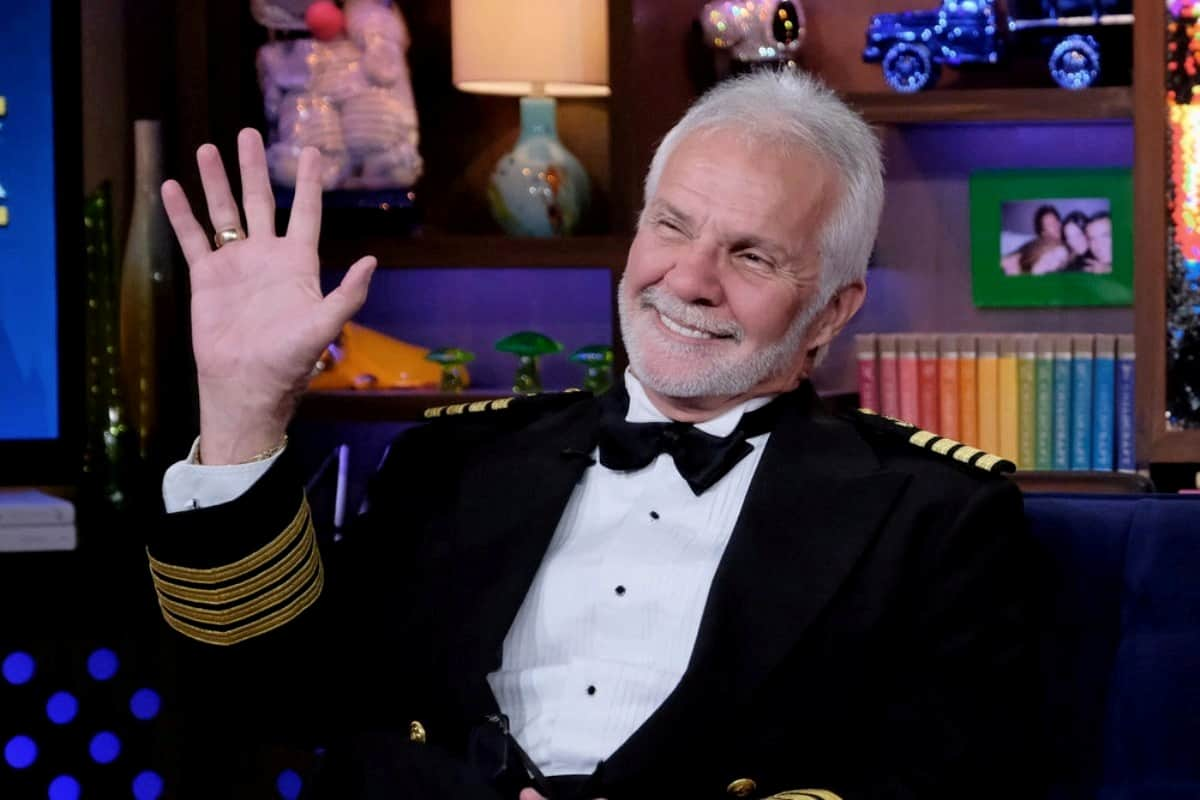 Captain Lee Rosbach Addresses Misogynistic and Problematic Behavior On Below Deck Season 7 After Fan Calls Him Out As Crew Members Come To The Captain's Defense