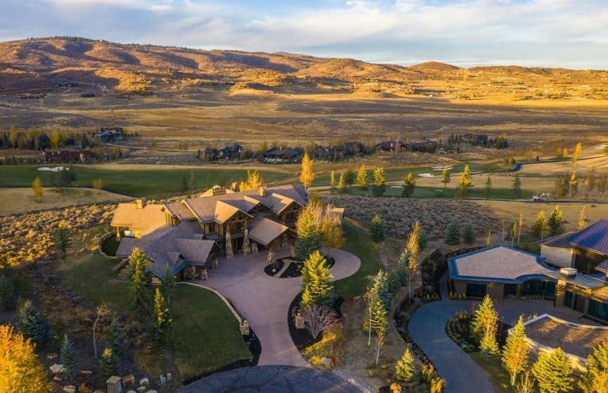 PHOTOS: RHOSLC Jen Shah's Home Listed for $3.9 Mil, See Inside 11