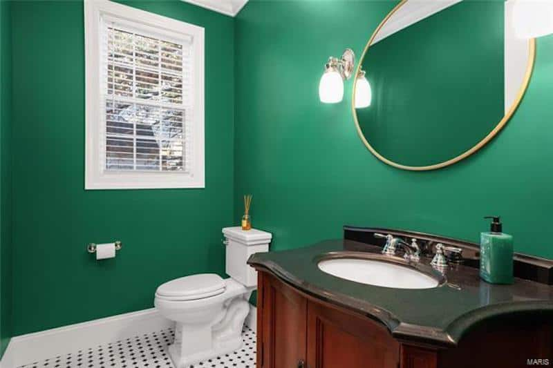 RHOC Meghan King Edmonds Guest Bathroom