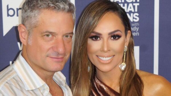 """RHOC's Kelly Dodd Shares Marriage Update Amid Feud With Stepdaughter And Says David Beador """"Hates"""" Vicki Gunvalson After She Congratulates Him on Baby News"""