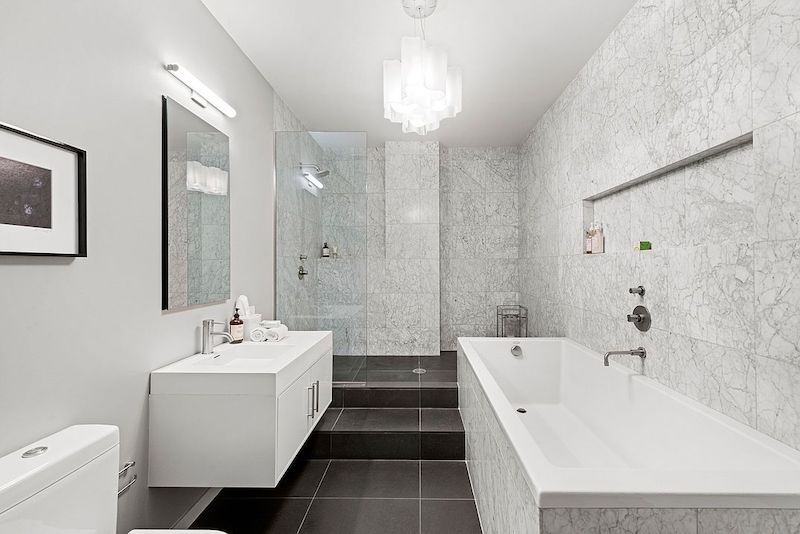 RHONY Bethenny Frankel NYC Apartment Bathroom