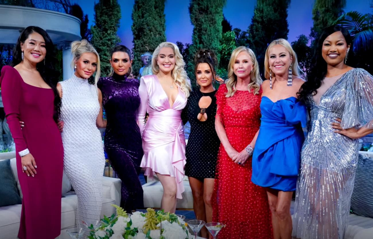"""VIDEO: RHOBH Reunion Trailer! Erika Confronts Kyle For """"Laughing"""" at Her """"F**ked Up Life"""" and Calls Sutton the C-Word as Andy Grills Her Over Tom's Alleged Theft, Plus Rinna Says the Cast 'Flipped' on Erika as Kathy Cries"""