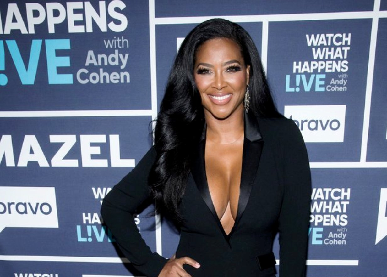"""RHOA's Kenya Moore Is Leaning On DWTS Partner Amid Divorce From Marc Daly And Admits To Having A """"Hard Time"""" As She Asks Judge To Seal Divorce Records"""